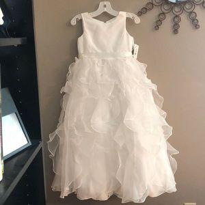 David's Bridal flower girls dress never worn sz6